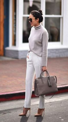 40 Trending Work Outfits To Wear This Fall – Wass Sell 40 trajes de trabajo de moda para usar este otoño – Wass Sell Business Outfit Frau, Business Casual Outfits, Office Outfits, Business Attire, Stylish Outfits, Dressy Outfits, Look Office, Office Looks, Office Wear