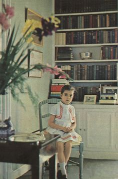 Jours de France - Special: Princess Caroline of Monaco Princess Grace Children, Princess Grace Kelly, Princess Estelle, Princess Margaret, Princess Charlotte, Princess Of Wales, Caroline Von Monaco, Royal Video, Monaco Royal Family