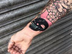 Blast Over Tattoo, Tapas, Body Art Tattoos, Tattoo Art, Black Skulls, Piercings, Ink, Instagram Posts, Draw