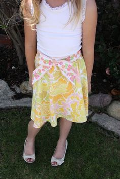 Skirt from a vintage sheet...I think I like this better than the dresses!