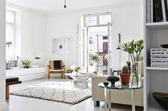 Bright scandinavian apartment of Joanna Laajisto and Mikko Ryhänen in Helsinki via Residence