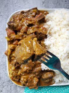Jamaican Stew Peas, Jamaican Curry Goat, Jamaican Curry Chicken, Jamaican Cuisine, Jamaican Dishes, Curry Recipes, Jamaican Food Recipes, Jamaican Oxtail, Jamaican Rice