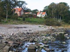 Ein+Paradies+mit+großem+parkartigen+Garten+direkt+am+Meer!++++-+Ferienhaus+1+'Lille+huset'+_unit+2181923+_+Ferienhaus in Bornholm Nord von @homeaway! #vacation #rental #travel #homeaway