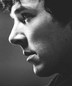 that close can't be healthy | | watch out for those cheekbones. (; ❤️