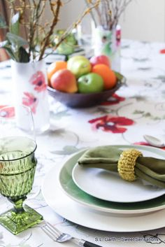 Feel the warmth of this mid-summer tablescape that is awash with bright colors and flowers. shared at katherines corner