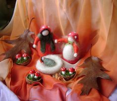 Fall  Toadstool family   Waldorf inspired needle by softearthart, $40.00
