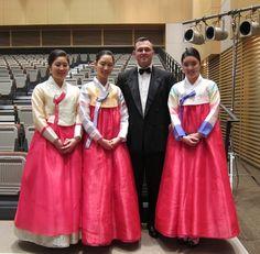 Making friends in Korea :-)