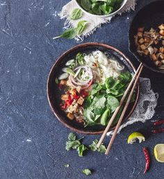 Thajská polévka z červené čočky a batátů   Recepty Albert Tofu, Ethnic Recipes, Asia