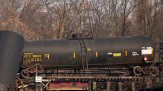 Mississippi town evacuated after train derailment spills flammable chemicals - http://therealconservative.net/2014/02/03/freedom/mississippi-town-evacuated-after-train-derailment-spills-flammable-chemicals/