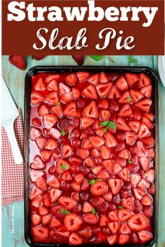 This Strawberry Slab Pie is a spin on my favorite fresh strawberry pie that my grandma made every summer. A fantastic dessert for any get together, holiday, barbecue or potluck! Made so easily with a shortbread crust, fresh strawberries and jello Potluck Desserts, 13 Desserts, Desserts For A Crowd, Cooking For A Crowd, Party Desserts, Dessert Recipes, Healthy Desserts, Delicous Desserts, Potluck Ideas