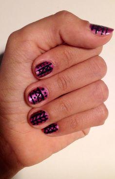 #mondaymani #tribal #black&purple www.redlipsmakeupstudio.com