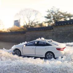 #현대자동차 #그랜저 #다이캐스트 와 함께 하는 #궁 #데이트 !  Go enjoy Korean #palace #date #with #Hyundai_motor #Grandeur ( #Azera ) #diecast   #south_korea #couple #driving #daily #my_car #현차 #드라이브 #데이트추천 #차데이트 #커플여행 #가족여행 #힐링 #이색데이트 #차추천 #자동차그램 #차스타그램 #다이캐스트 #소소잼
