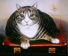 TIDDLES BY FRANCES BROOMFIELD I saw this cat at Paddington Station many years ago he was one of the biggest cats in the world