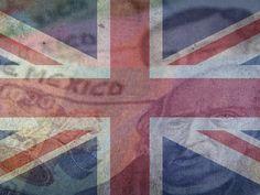 La votación ha terminado, los británicos decidieron separarse de la Unión Europea. Algunos de losciudadanos están en contra de permanecer en la Unión Europea por varios motivos. En primer lugar porque no muchos están de acuerdo con recibir a los migrantes que huyen de los conflictos armados en Medio Oriente, pero como miembro de la Zona Euro tienen que permitir el libre flujo de personas entre sus fronteras.