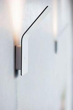 Simon and Jurgen Frech wall lamp Cool Lighting, Modern Lighting, Outdoor Lighting, Lighting Design, Luminaire Design, Lamp Design, Design Design, Chair Design, Tole Pliée