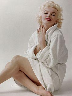 infinitemarilynmonroe Marilyn Monroe Stil, Estilo Marilyn Monroe, Marilyn Monroe Artwork, Marilyn Monroe Portrait, Classic Hollywood, Old Hollywood, Ginny Weasley, Sansa Stark, Norma Jeane