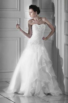Brilliant A-line Sweetheart Organza Floor-Length Church Bridal Gown
