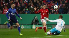 Galerie: Die schönsten Fotos vom Pokal-Viertelfinale gegen den FC Schalke 04.