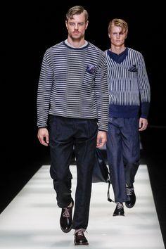 Giorgio Armani Spring 2018 Menswear Fashion Show Collection Modern Mens Fashion, Mens Fashion 2018, Male Fashion Trends, Fashion Week, Men's Fashion, Milan Fashion, Street Fashion, Giorgio Armani, Armani Men