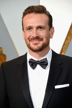 """Jason Segel - 6'4"""" - These Are The Tallest Men In Hollywood - Photos"""