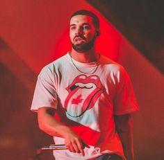 July 2, 2017: Drake performing in 🇨🇦