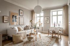 découvrir l'endroit du décor : 2021 Beige Living Rooms, Living Room White, Cozy Living Rooms, Home And Living, Living Room Furniture, Living Room Decor, Color Beige Pared, Beige Wall Colors, Room Wall Colors