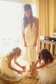 We love a pretty getting ready moment | Marco Beach Ocean Resort Wedding from Binary Flips Photograhy  Read more - http://www.stylemepretty.com/florida-weddings/2013/11/01/marco-island-beach-resort-wedding-from-binary-flips-photograhy/