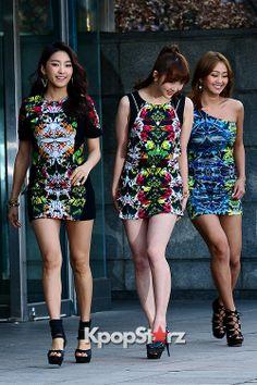 Sistar - Bora Dasom Hyorin Korean Wave, Korean Music, Female Fashion, Korean Fashion, Womens Fashion, South Korean Girls, Korean Girl Groups, Sistar Kpop, Yoon Bora