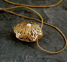 Lace Wedding Necklace