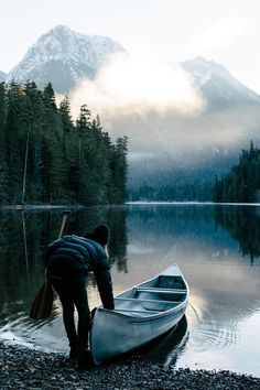 winter lake canoeing
