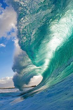 Surf photographer Clark Little's pictures of the insides of waves as they break Photographer Clark Little, known for his beautiful pictu. No Wave, Water Waves, Sea Waves, Sea And Ocean, Ocean Beach, Ocean Sunset, Waves Photography, Nature Photography, Night Photography