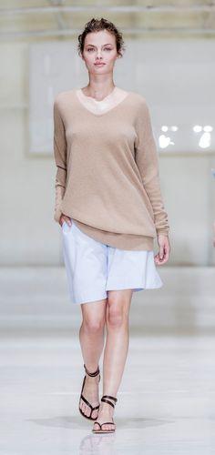 Beige och vitt – en oslagbar färgkombo under sommaren.