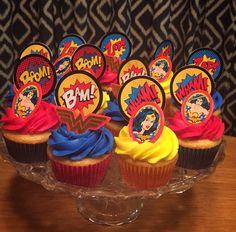 Cupcakes birthday adult kids Ideas for 2019 Wonder Woman Cake, Wonder Woman Birthday, Wonder Woman Party, Adult Superhero Party, Superhero Birthday Party, Boy Birthday Parties, Twin Birthday, 4th Birthday, Funny Boyfriend Gifts