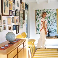 One of many I will post of Carina Schott's home (she is the owner of what I think is one of the best children's clothing sites www.nonchalantmom.com). Love the freshness of the striped Ikea rug with the Joseph Frank fabric on the wall and the light wood furniture...