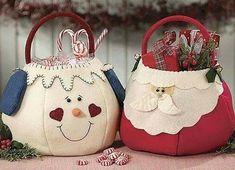Christmas Crafts Felt by ester Christmas Makes, Noel Christmas, All Things Christmas, Christmas Ornaments, Christmas Projects, Felt Crafts, Holiday Crafts, Navidad Diy, 242