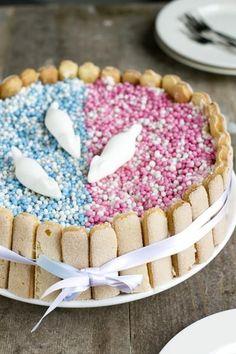 Bekijk de foto van BrendaKookt met als titel Kraamtaart met lange vingers   via BrendaKookt en andere inspirerende plaatjes op Welke.nl.