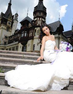 Rochii de mireasa/Rochii de mireasa sirena Ellis Bridal, Wedding Dresses, Fashion, Bride Dresses, Moda, Bridal Gowns, Alon Livne Wedding Dresses, Fashion Styles, Wedding Gowns