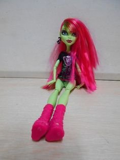 Colorful Monster High Barbie Doll W/Pink Hair & Movable Joints MH T-Shirt #MonsterHigh #Dolls