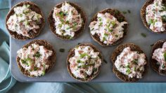 Seafood spread appetizer to serve on a toasted baguette. This creamy shrimp and crab spread will become everyone's favorite party appetizer! This recipe pairs perfectly with a crisp glass of white wine. Seafood Appetizers, Appetizers For Party, Appetizer Recipes, Seafood Salad, Seafood Dishes, Rita Recipe, Twice Baked Potatoes, Swedish Recipes, Food Tasting