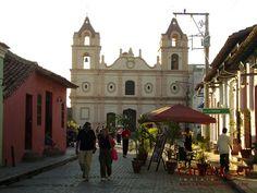 Google Image Result for http://www.camagueyrentals.com/Images/Camaguey/El-Carmen-Church-Camaguey-Cuba.JPG