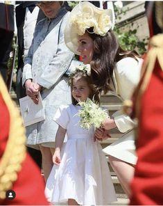 PRINCESS UNION JACK SUMMER White Smock Dress Gold Glitter Harry met Meghan