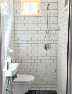 Wet Room Bathroom, Small Shower Room, Small Toilet Room, Garage Bathroom, Tiny Bathrooms, Tiny House Bathroom, Bathroom Ideas, Modern Bathroom, Bathroom Pink