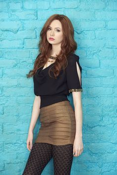 One of the sexiest gingers on the planet - Karen Gillan! Brilliant actress best known for playing sidekick Amy Pond in Doctor Who, but has since gone on to bigger things like Avengers, Jumanji and. Karen Gillan, Karen Sheila Gillan, Beautiful Redhead, Beautiful Women, Beautiful Goddess, Simply Beautiful, Sexy Rock, Looks Pinterest, Et Tattoo