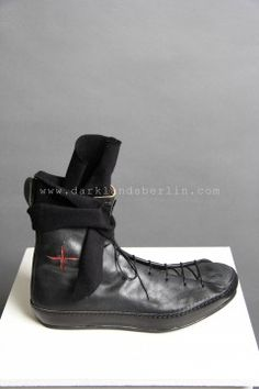 MA+ – DOUBLE FOLD HIGH-TOP SNEAKER WITH CUT CROSS Futuristic Shoes 66668e0ec3360