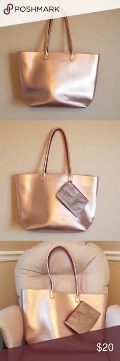 3e19d4c8f0 Tote with Zippered Pouch NWT Shimmery, large Bath and Body Works tote.  Opens wide