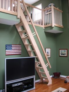 how to build ship ladder Loft Stairs, House Stairs, Modern Staircase, Staircase Design, Cottage Stairs, Ship Ladder, Tiny Loft, Attic Loft, Beach Cottage Style
