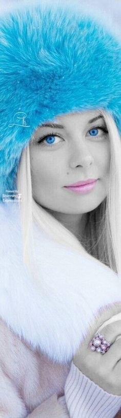 COLOR SPLASH. FASHION. IF INTERESTED LOOK AT - 2.0 SPLASH A TOUCH... - BOARD.