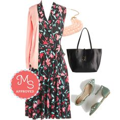 In this outfit: Barcelona Fide Beauty Dress, Simple Sweetness Cardigan in Petal, Tier to Stay Necklace in Pink, Grip It and Reverse It Bag, Rule of Thumb Flat #modcloth #modstylist #vintage #Seychelles #floral #dresses #fashion #outfits #spring #summer #trends #romantic #classy #ootd #wrapdress