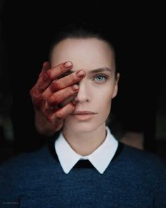 Surreal Photos Look Like They're Straight Out of a Dream You Won't Want to Wake Up From Surreal Conceptual Photography by Platon Yurich Artistic Portrait Photography, Body Photography, Surrealism Photography, Conceptual Photography, Photography Projects, Creative Photography, Fine Art Photography, Conceptual Art, Digital Photography
