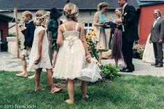 Hochzeitsreportage-Landhochzeit - Hochzeitsfotografie und Hochzeitsreportagen #Flowergirls #Wedding #Landhochzeit